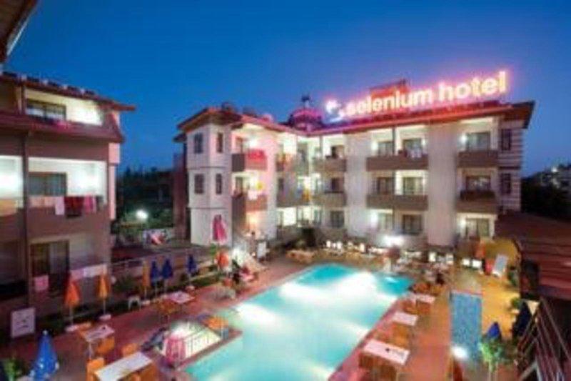 Selenium Hotel, slika 1